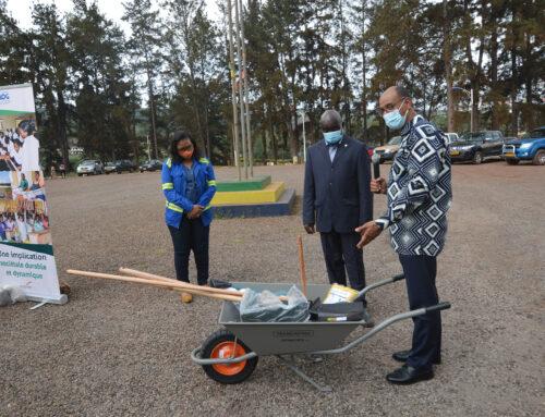 Des kits agricoles pour les populations relocalisées